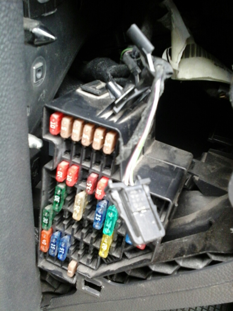 Indicator Fuse Location Whats This Wire Vw Gti Forum Golf R Diagram Attached Images