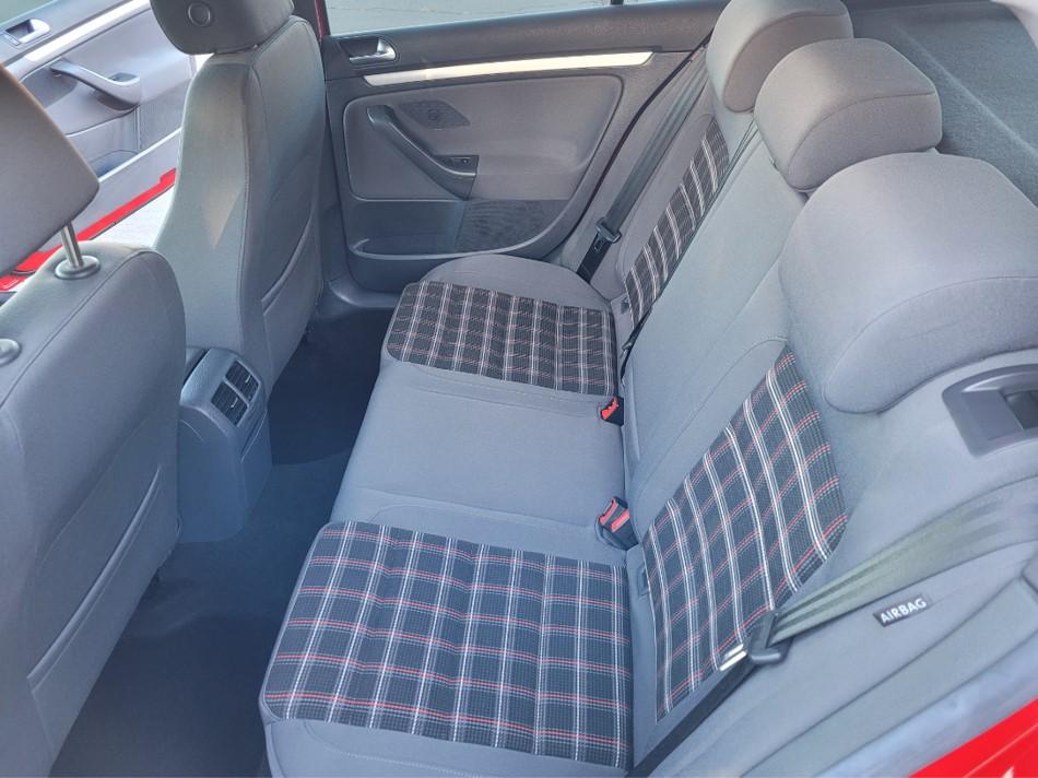 GTI_rearseats_ad.jpg