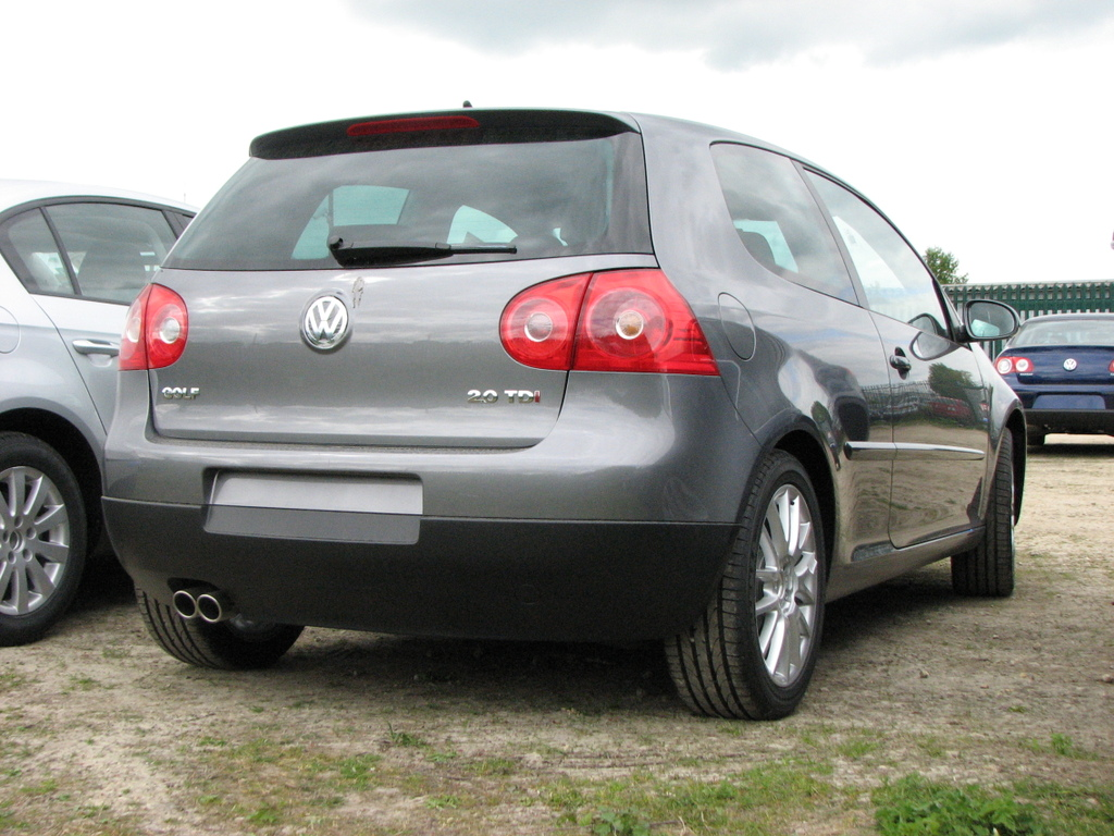 whats the difference between golf mk5 2 0 gt tdi and the 2 0 tdi sport vw gti forum vw. Black Bedroom Furniture Sets. Home Design Ideas