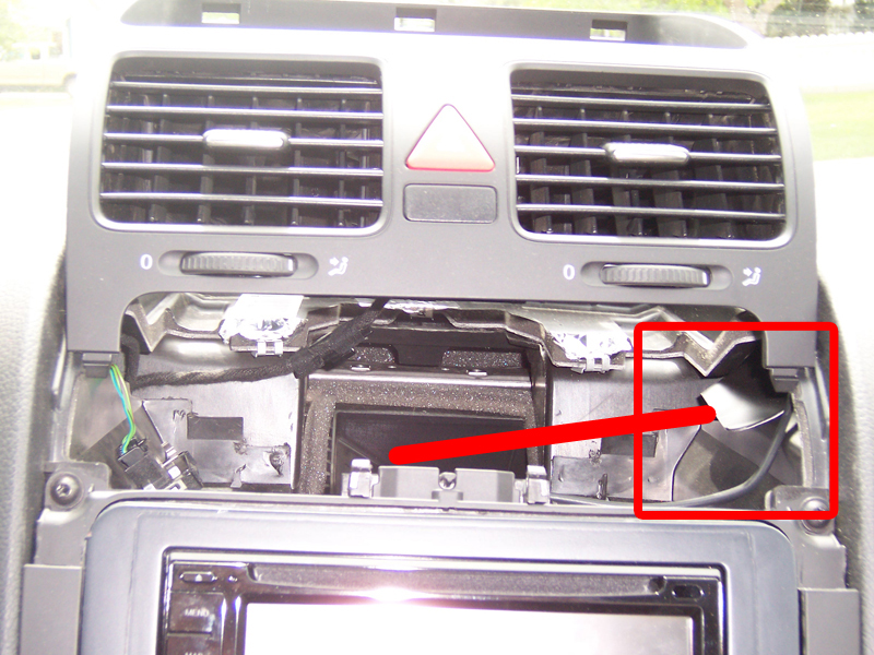 installing an aftermarket head unit in your mkv